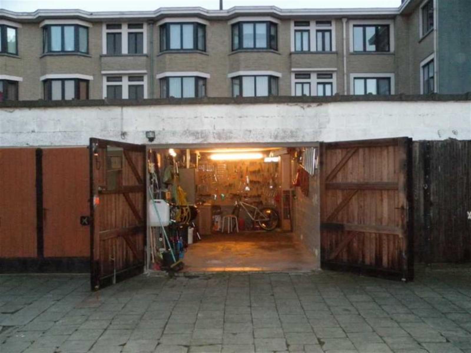 Garage (ferme) - Anderlecht - #3891510-2
